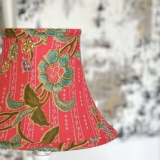 This bowed empire shade in original African print is absolutely stunning and it would look fantastic on a tall, slender base. I love the contrast between the flowers and the red background - what a beautiful fabric to work with and well done to Gill who made this shade as part of her 3 day lampshade making masterclass.   #lampshades #lampshademakingworkshops  #lampshademaker #lampshadedesign #lampshademaking #lampshadeworkshop  #gatheredlampshade #lampshademakingschool #lampshademakingacademy #pleatedlamoshades #tailoredlampshades #traditionallampshades #making lampshades #sewinglampshades #lampshademaking craft #traditionalcrafts #howtomakelampshades #lampshademakingbusiness #mojisalehi #mojidesigns #studiovibes